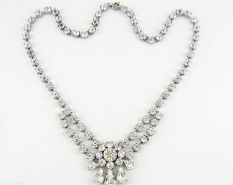 Vintage Rhinestone Wedding Necklace. Clear Diamanté Necklace with Round & Pear Shapes Stones. Choker Length, Circa 1960s.