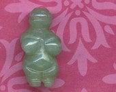 BEAD Aventurine Venus of Willendorf Goddess Gemstone Bead - Carved Female Figure GB-AV