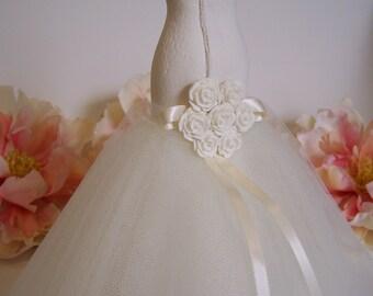 Bridal shower decoration, bridal shower, wedding table decor, mermaid gown, bridal cake topper, wedding table decor, bridal dress