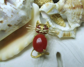 18k Yellow Gold Vintage Carnelian and Ruby Cat Pin Brooch 4.07g