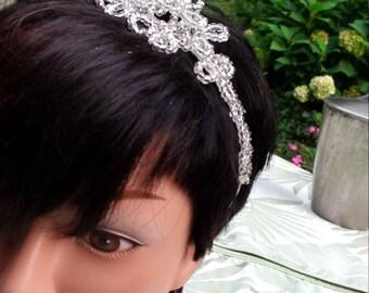 Déesse étoiles -- Hand-Beaded Wedding Headband -- bridal headband, jewelled headpiece, vintage bride, wedding hair band, headband