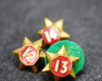 Golden Stars. Vintage numbered military or scouts award findings. Series of 3 militaria decoration medals.