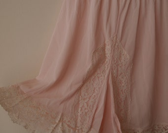 SALE 50s/60s Pink Lace Trim Tap Pants S, M