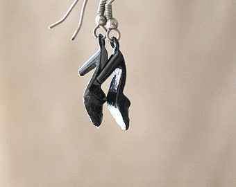 vintage glossy black metal high heel earrings
