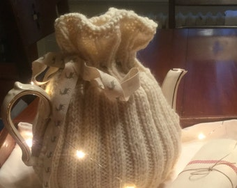 Handknitted Teapot Cozy