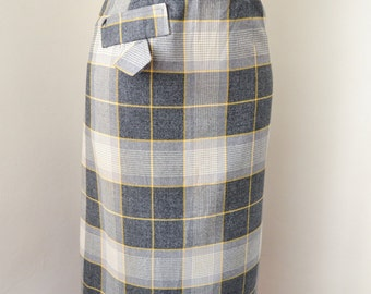 1950s Wool gabardine pencil skirt in grey mustard check / 50s checked wiggle skirt - XS
