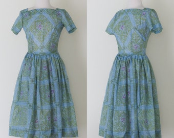 1950s blue and green watercolor day dress / vintage 50s short sleeved lattice print dress with full skirt | XS-S