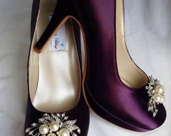 Purple Wedding Shoes Closed Toe Bridal Shoes with Pearl and Crystal Cascading Brooch - Dyeable Bridal Shoes - Pick your Color