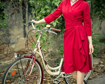 40s style wrap dress in red rayon crepé, size XL / vintage style dress / film noir dress / wrap dress