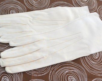 1950s Doeskin White Gloves, Size 7 1/2