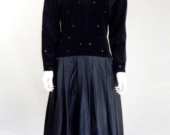 Original Vintage 1980s Bernshaw Black Prom Dress Size 12/14