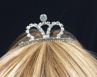 Vintage Princess Crown Tiara Comb! Wear at a wedding, prom, sweet 16,  quinceanera, or be princess, queen!