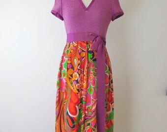 1970s Bold Print Dress