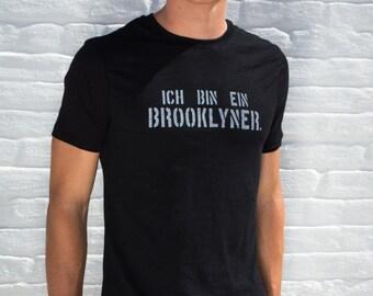 Ich Bin Ein Brooklyner - German Brooklyn Shirt - Men's Soft Crew Neck Short Sleeve Tshirt - Germany Brooklyn Tee