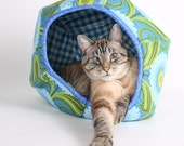 The Cat Ball Cat Bed Teal Flower Cat Bed Design