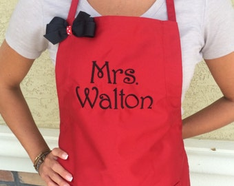 Personalized Apron- Makes a great teacher gift!  A500