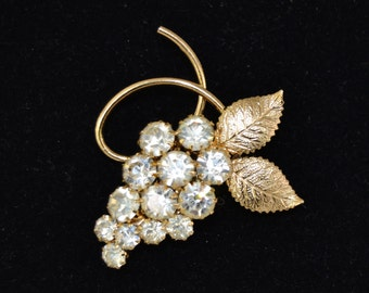 Vintage Grape Cluster Brooch in Gold with Clear Rhinestones