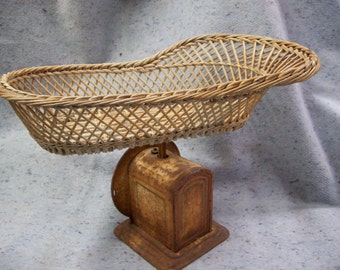 Wicker Basket Baby Scale, Rustic Vintage Decor, Unique Fruit Basket or Product Display