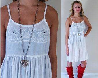 vtg 80s white EMBROIDERED India BABYDOLL DRESS Small grunge cotton sun boho hippie festival full skirt cut out