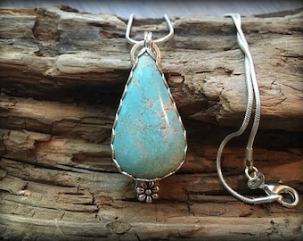Beautiful #8 Mine Turquoise Sterling Silver Necklace