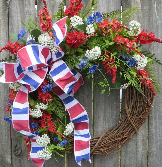 Summer Wreath, Spring/Summer Wreath, Patriotic Summer Wreath with Bow,  Red White and Blue Door Decor, Nautical Wreath, July 4th Wreath