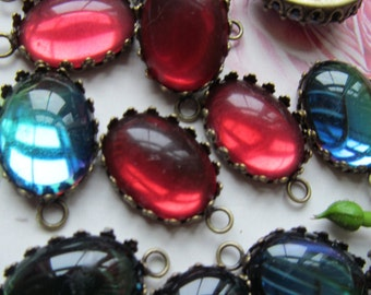 Juicy  Vintage Cabochons In  Setting With Hoops