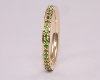 Green Emerald Eternity Ring Round Eternity Ring Emerald Ring Eternity Band 14k Gold Eternity Gold Ring Emerald Band Eternity Green Stone
