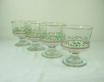 Vintage CHRISTMAS SHERBETS Holly DESSERT Glasses HOLiDAY Set/4 Glassware Stemware Arbys
