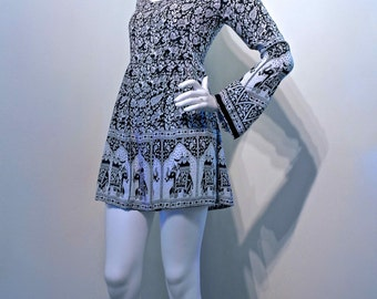 Vintage 80s INDIAN Block Print Gypsy Hippie Flower Child Mini Dress with Trumpet Sleeves // Elephant Print