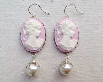 Cameo Earrings/Lilac Earrings/Light Purple Earrings/Cameo and Pearl Earrings/Bridesmaid Earrings/Purple Cameo Earrings/Cream Pearl Earrings
