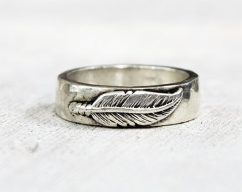Sterling Silver Thick Feather Wedding Band - Mens Ring -  Womens Ring  - Unisex Wedding Ring - Rustic Hammered Ring