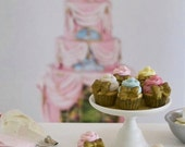 Sale......1:6 Scale Sweet Petite Play Scale Marie Antoinette Inspired Cupcakes for Blythe