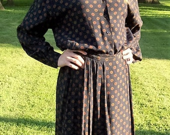 Vintage Ladies Black Printed Blouse & Matching Skirt by J H Collectibles Size 8 Only 10 USD