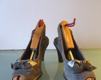 Vintage Hush Puppies Suede Pinup Shoes