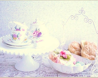 Instant Collection of Vintage Mismatched Tea Cups and Saucers and Teapot- Made in England