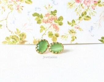 Mint Green Earrings Elegant Bridal Earrings Mint Bridesmaid Earrings Gift Pale Green Wedding Jewelry Pistachio Green Gold Stud Earrings