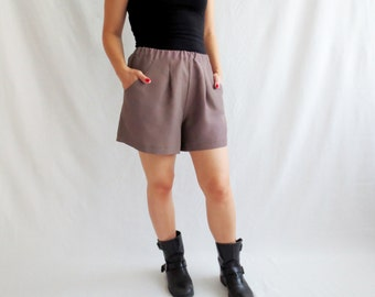 Taupe shorts, shorts women, fall fashion, women's clothing, alicecloset, size medium, vintage inspired