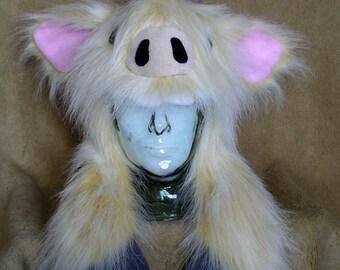 Big furry monster hat - Cream Bull