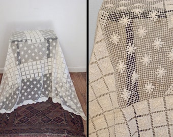 """Net Lace Tablecloth 1920s // Weathered Linen Cottage Chic 81"""" x 132"""""""