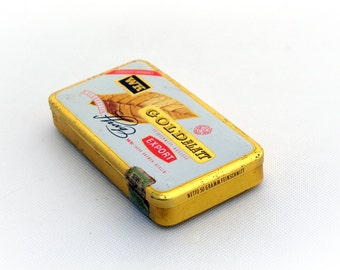 Vintage metal cigarettes case