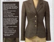 Claire Shaeffer Below Hip Partially Interfaced Lined Jacket Size 6 8 10 Blazer Or Coat Sewing Pattern 2006 Vogue V8333