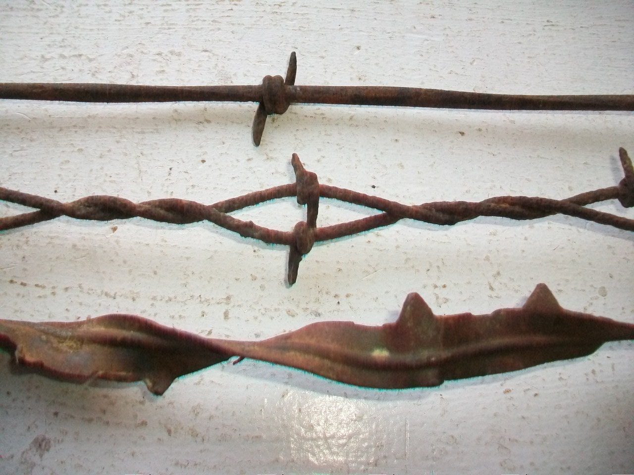 Antique barbed wire pieces s barbwire bobbed