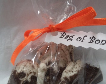 12 Bag O Bones Skull Skeleton Buried Pieces Chocolate Candy Halloween Spooky Party Favors