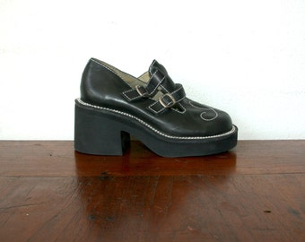 90s Platform Mary Jane Shoes / Chunky T Strap Shoes Sz 5.5