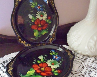 Four Russian Toleware Trays, Yeha 58 Koel Metal Snack Trays, Hand Painted Black Floral Trays