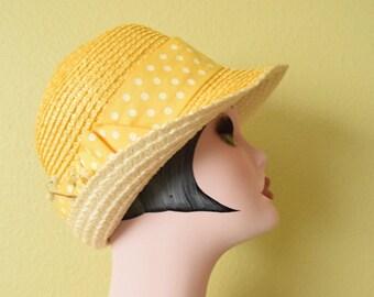 Vintage 1960's  Raffia Cloche | White and Yellow Hat