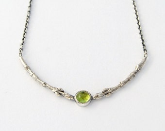Peridot and buds necklace - silver branch with peridot cabochon botanical necklace