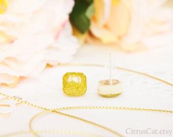 Golden glitter stud earrings 10 mm, elegant jewelry, glitter earrings, golden studs, gold earrings, sparkle tiny studs, mini square studs
