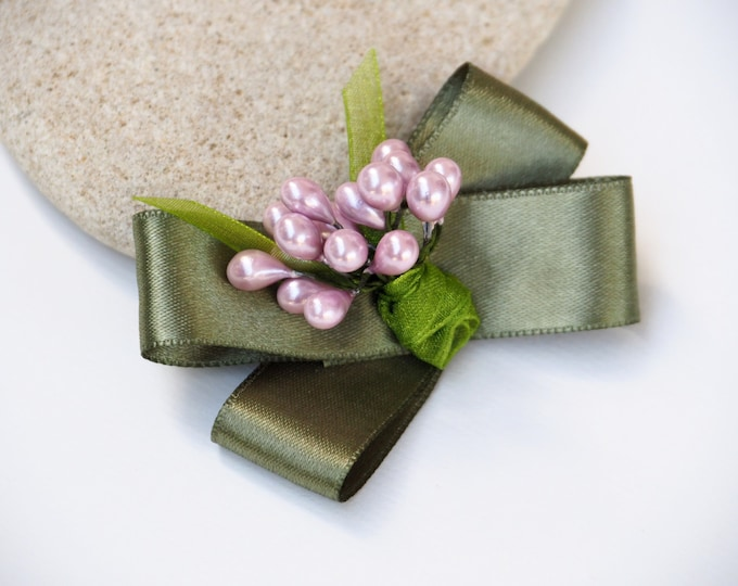 Satin bouquet brooch ~ Olive green and pink