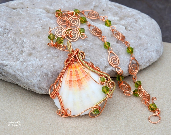 Sea shell wire wrapped necklace